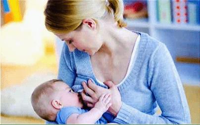 woman_nursing_baby
